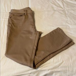 Banana Republic Traveler Pant Slim Khaki